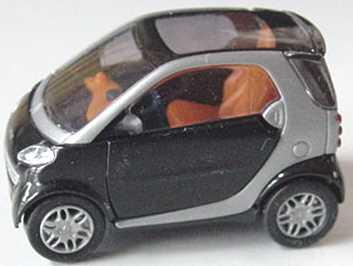 Foto 1:87 MCC Smart City-Coupé schwarz/silber-met. Busch 48900