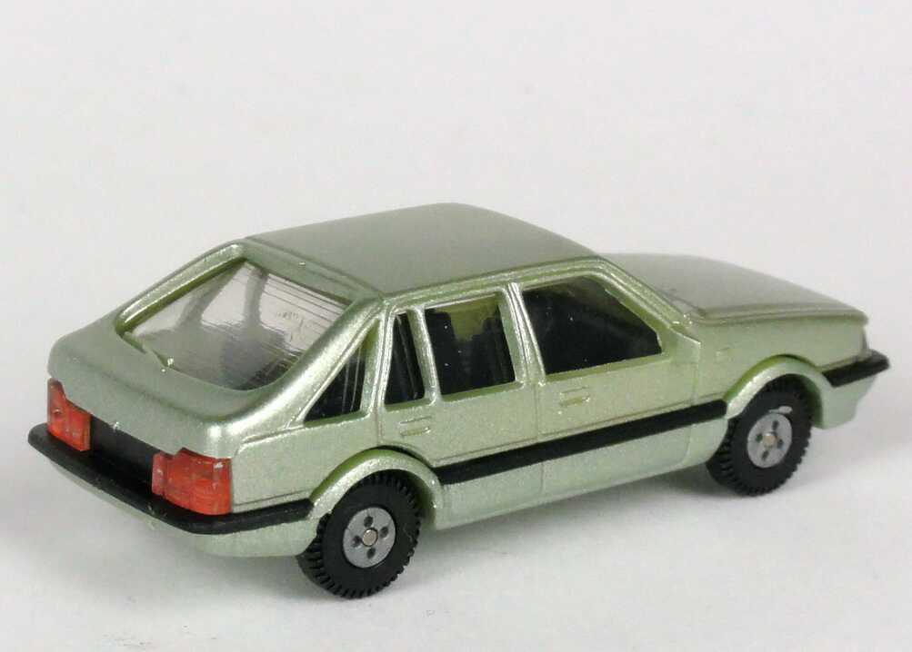Foto 1:87 Mazda 626 Fließheck hellgrün-met. Rietze