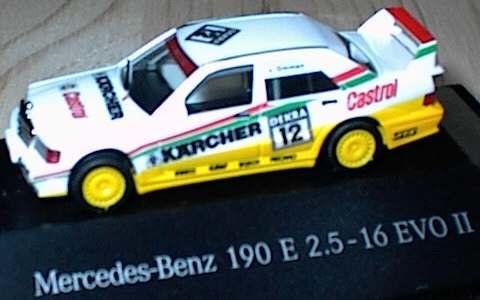 Foto 1:87 Mercedes-Benz 190E 2.5-16 Evolution II DTM 1992 MS-Racing, Kärcher Nr.12, v.Ommen Werbemodell herpa B66005303