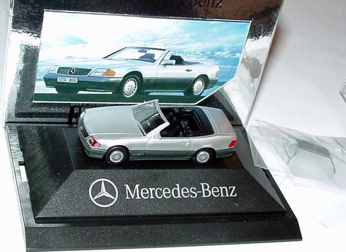 Foto 1:87 Mercedes-Benz 500SL R129 silber-met. - Faszination en miniature - Werbemodell - herpa 025152