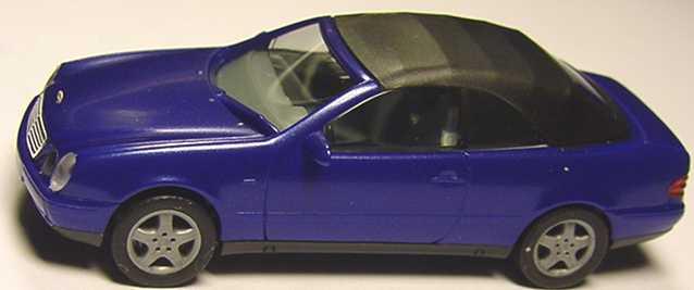 Foto 1:87 Mercedes-Benz CLK Cabrio (A208) mit Softtop royalblau-met. herpa