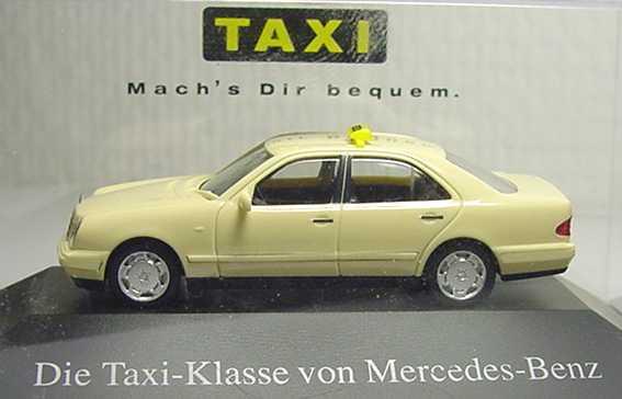 Foto 1:87 Mercedes-Benz E 320 (W210) Taxi Die Taxi-Klasse von Mercedes-Benz - Mach´s Dir bequem. Werbemodell herpa