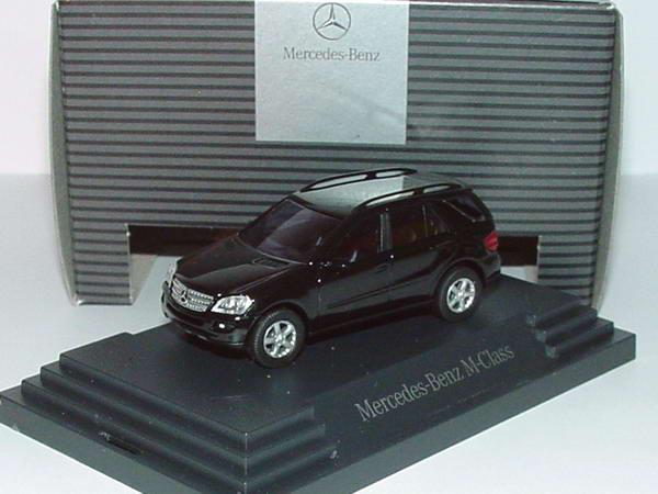 Foto 1:87 Mercedes-Benz M-Klasse W164 obsidianschwarz-met. - Werbemodell - Busch B66961368