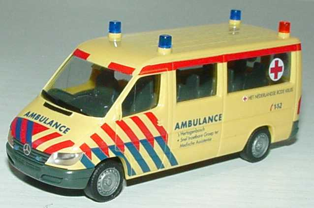 Foto 1:87 Mercedes-Benz Sprinter Facelift Bus RTW Ambulance s´Hertogenbosch herpa 045421