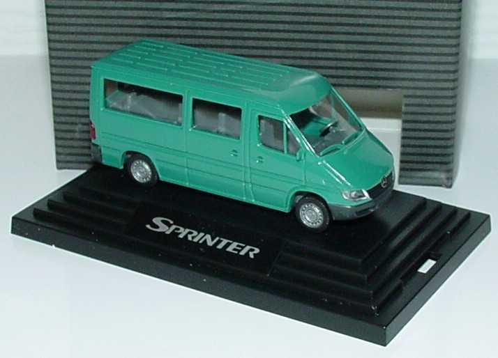 Foto 1:87 Mercedes-Benz Sprinter Facelift Bus türkis Werbemodell Wiking B67871051