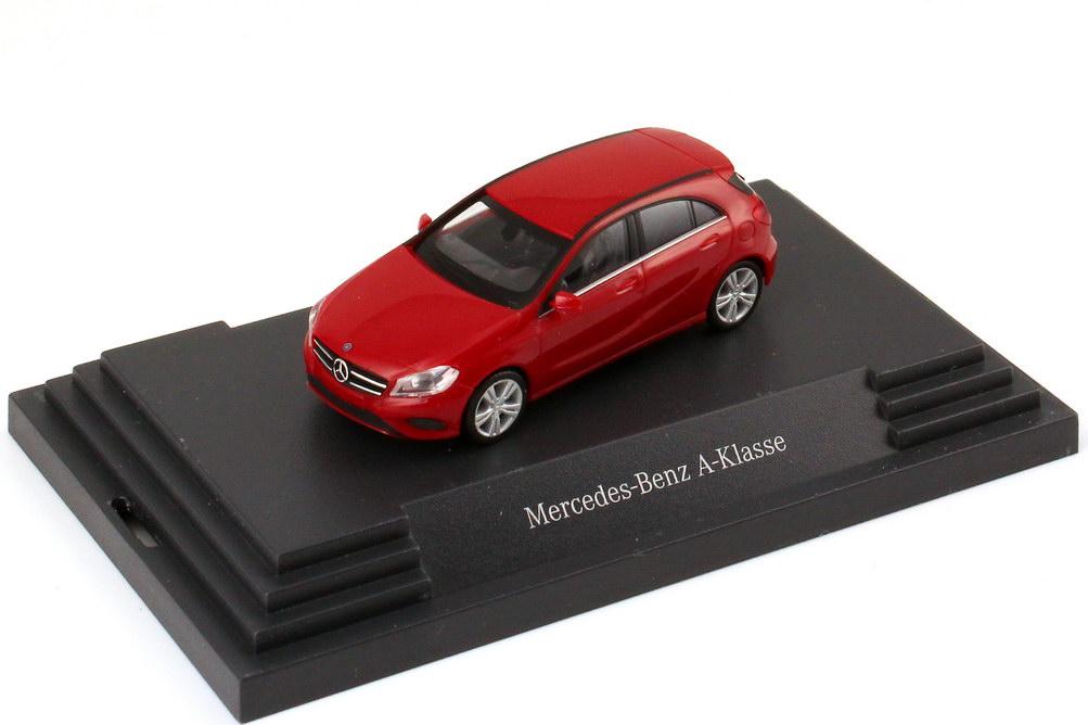 Foto 1:87 Mercedes-Benz A-Klasse 2012 W176 jupiter-rot - Werbemodell - herpa B66960118