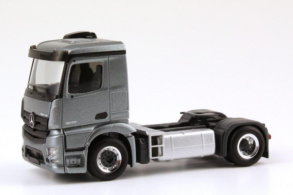 Foto 1:87 Mercedes-Benz Antos (K) 2a Szgm andorit-grau-met. Werbemodell herpa B66004089