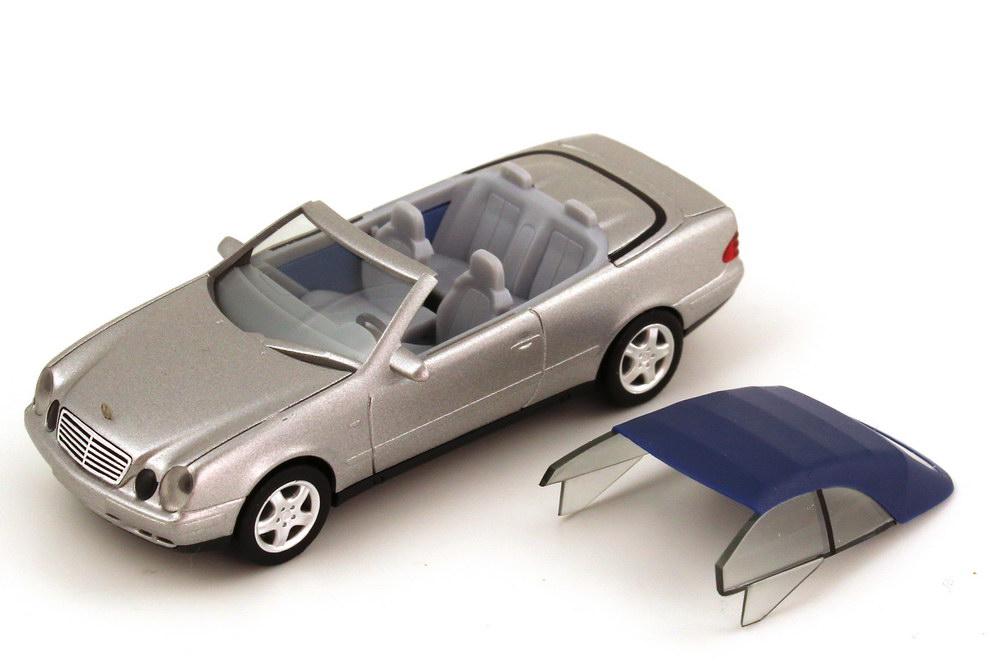 Foto 1:87 Mercedes-Benz CLK Cabrio (A208) mit Softtop silber-met. Werbemodell herpa B66005649
