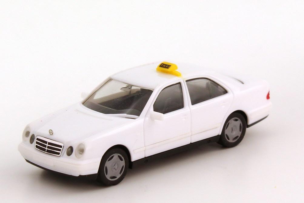 Foto 1:87 Mercedes-Benz E-Klasse E 280 (W210) Taxi Holland weiß herpa