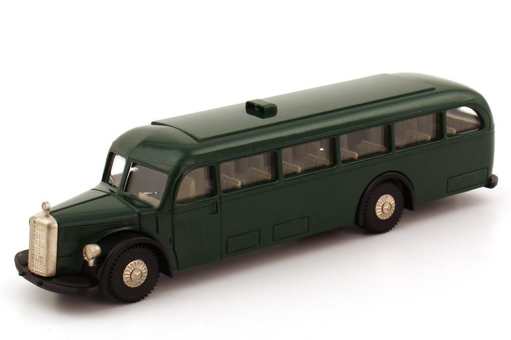 Foto 1:87 Mercedes-Benz O 5000 dunkelgrün Brekina 5000