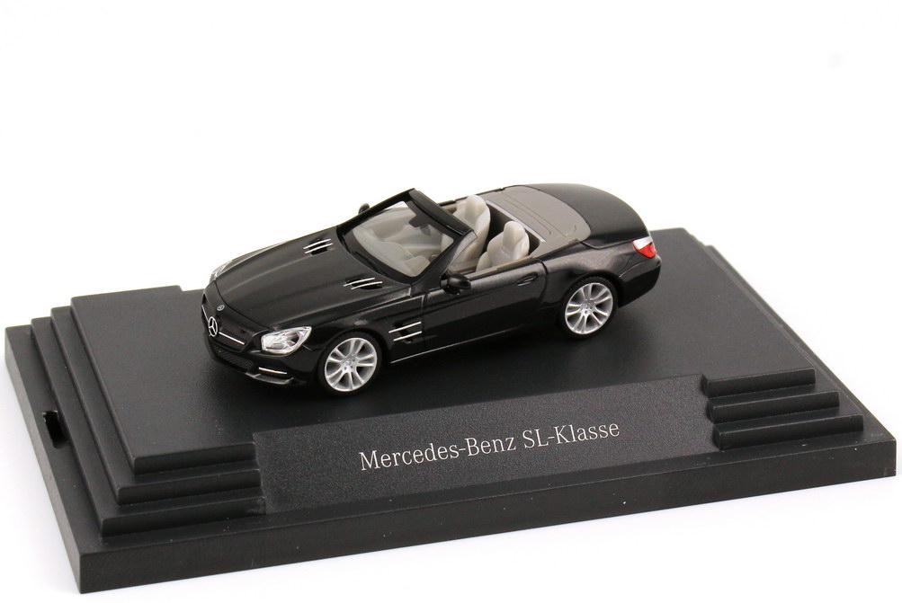 Foto 1:87 Mercedes-Benz SL-Klasse 2012 (R231) obsidian-schwarz-met. Werbemodell herpa B66960101