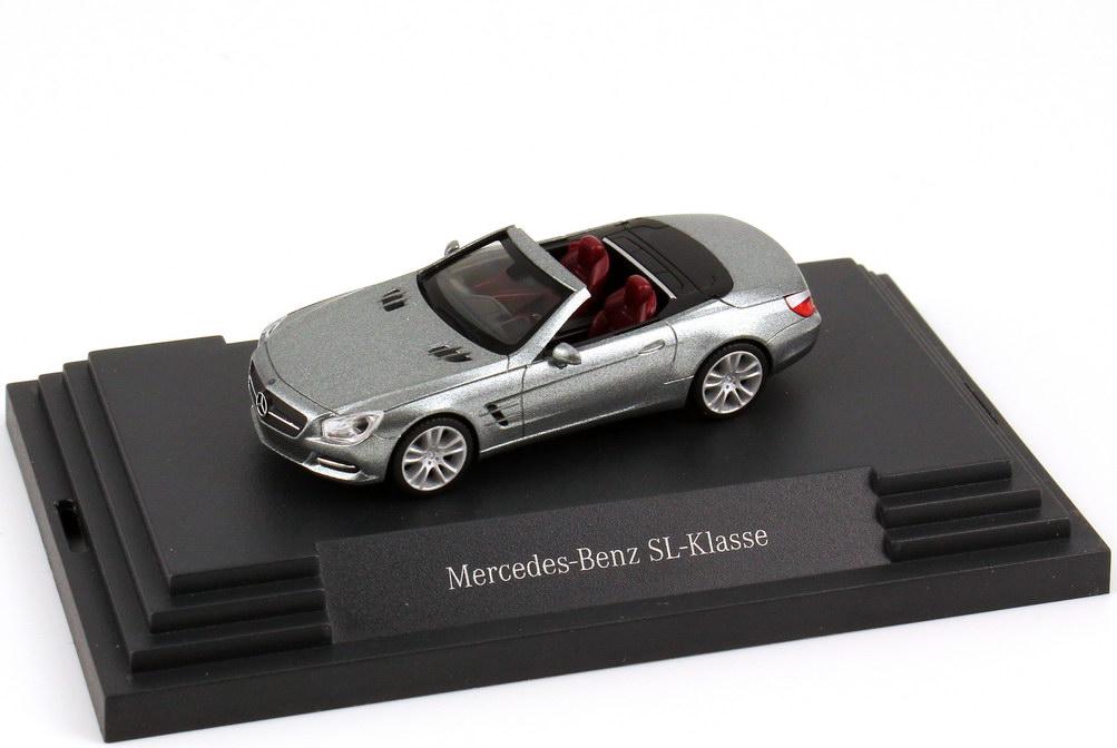 Foto 1:87 Mercedes-Benz SL-Klasse 2012 (R231) palladium-silber-met. Werbemodell herpa B66960100