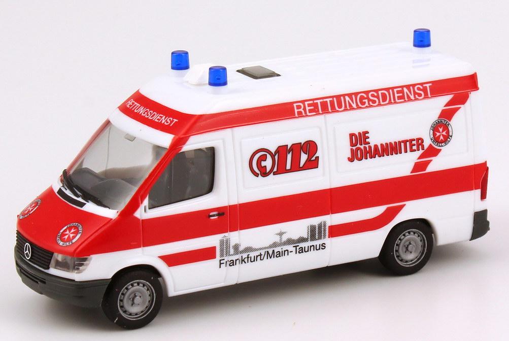 Foto 1:87 Mercedes-Benz Sprinter Medimobil RTW Die Johanniter, Frankfurt/Main-Taunus herpa 043229