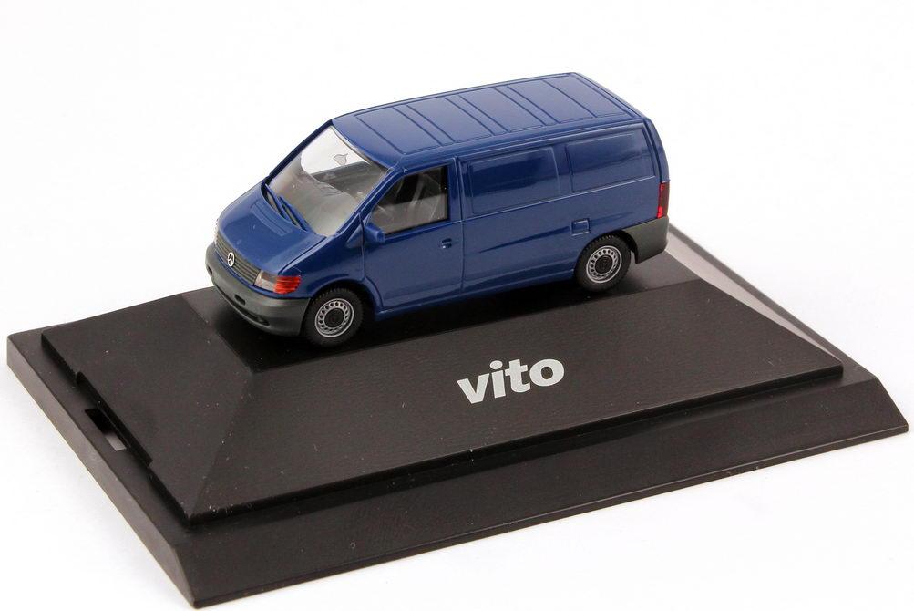 Foto 1:87 Mercedes-Benz Vito Kasten W638 dunkel-blau - Werbemodell - herpa B66000101