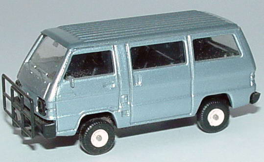 Foto 1:87 Mitsubishi L300 I Bus blausilber mit Rammschutz Rietze