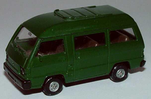 Foto 1:87 Mitsubishi L300 I Bus mit Panoramadach dunkelgrün Rietze 10040