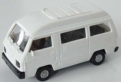 Foto 1:87 Mitsubishi L300 I Bus mit Panoramadach weiß Rietze 10040