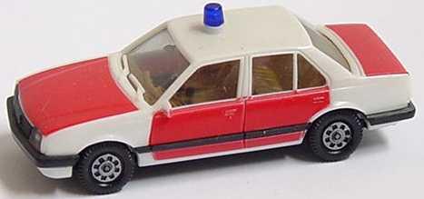 Foto 1:87 Opel Ascona C Stufenheck Feuerwehr rot weiß - herpa 4055