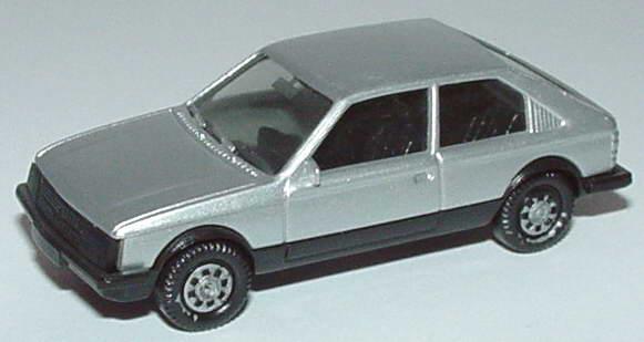 Foto 1:87 Opel Kadett D SR 2türig silber-met. herpa 3024
