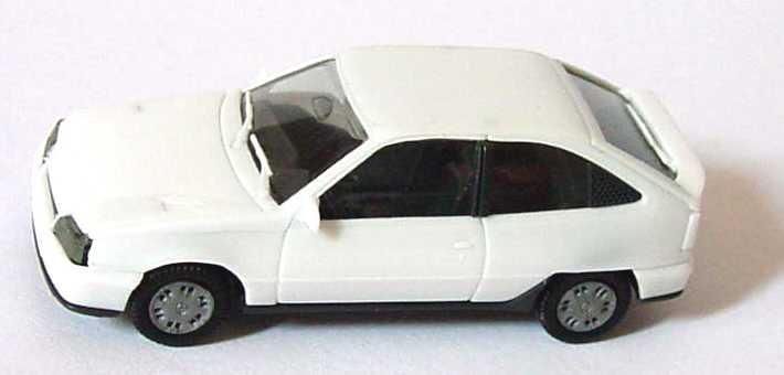 Foto 1:87 Opel Kadett GSi weiß herpa 2046