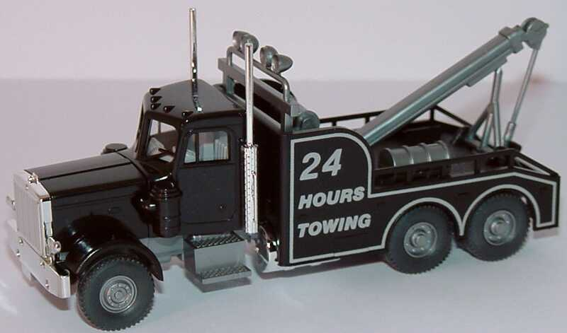 Foto 1:87 Peterbilt 3a Abschlepp-LKW 24 hours towing Wiking 631