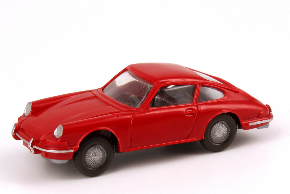 Foto 1:87 Porsche 911 C rot, eingesetztes Lenkrad, Stoßstangen bemalt Wiking 160