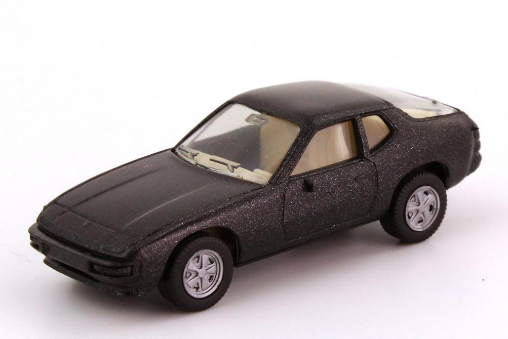 Foto 1:87 Porsche 924 schwarz-met., Fuchs-Felgen, IA weiß herpa 031806