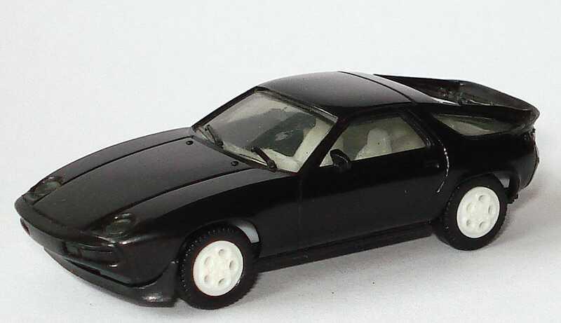 Foto 1:87 Porsche 928S schwarz, Telefonfelgen weiß herpa 2025