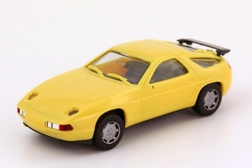 Foto 1:87 Porsche 928 S4 blassgelb herpa 2071