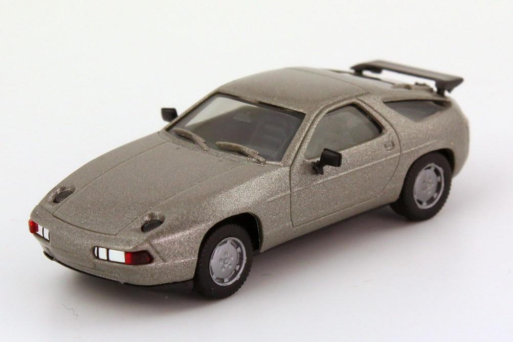 Foto 1:87 Porsche 928 S4 rauchsilber-met. - herpa 3071