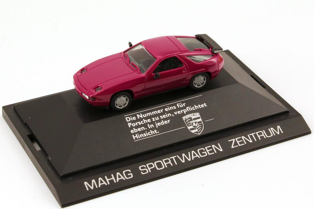 Foto 1:87 Porsche 928 S4 violett Mahag Sportwagen Zentrum - herpa