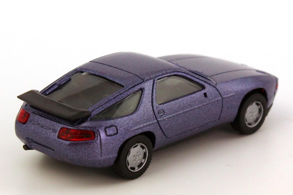 Foto 1:87 Porsche 928 S4 violett-met. herpa 3071