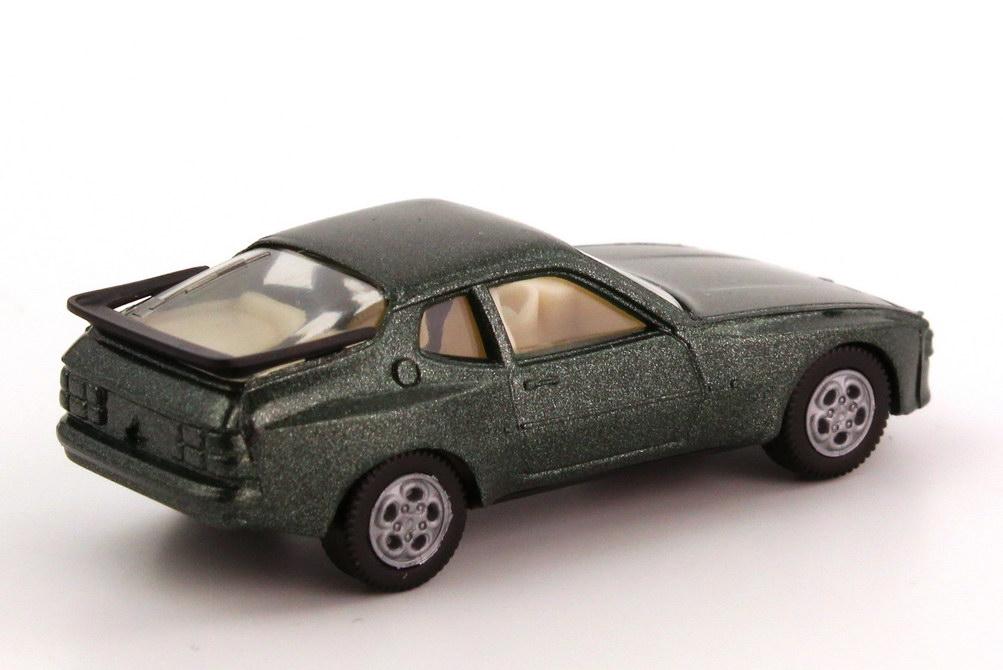 Foto 1:87 Porsche 944 dunkelgrün-met., Telefonfelgen, IA cremeweiß herpa 3039