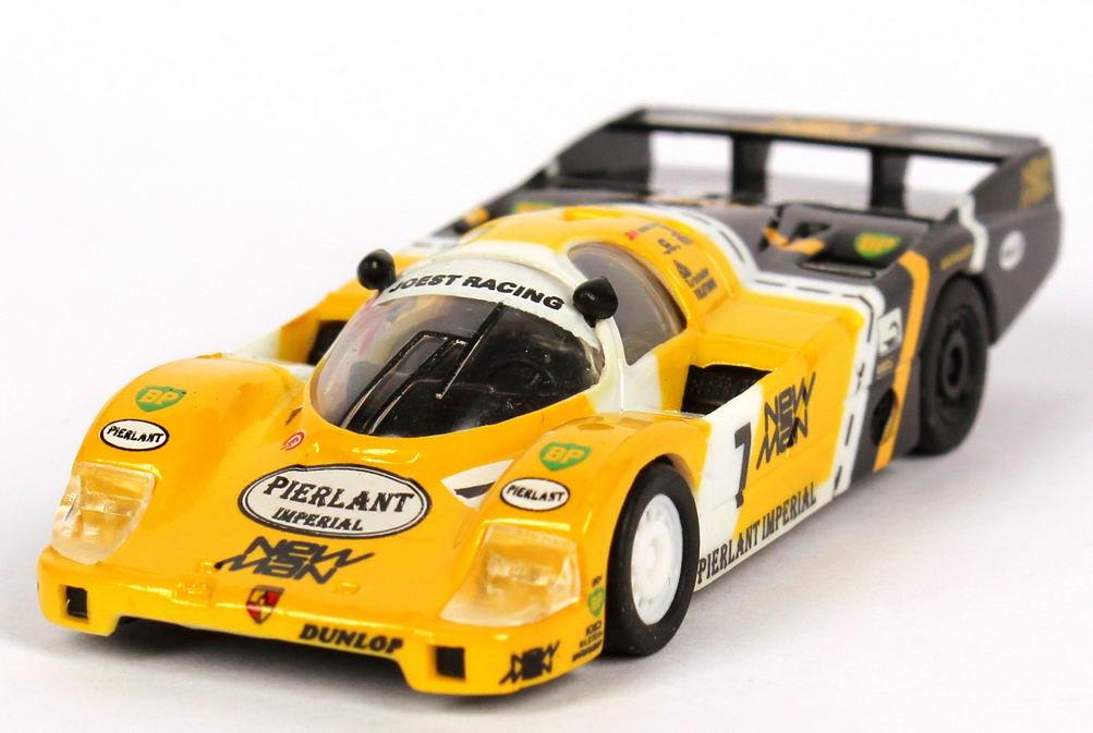 Foto 1:87 Porsche 956 L 24h von LeMans 1984 New Man, Joest Racing Nr.7, Pescarolo / Ludwig / Johansson (Siegerfahrzeug) Trumpeter 16100