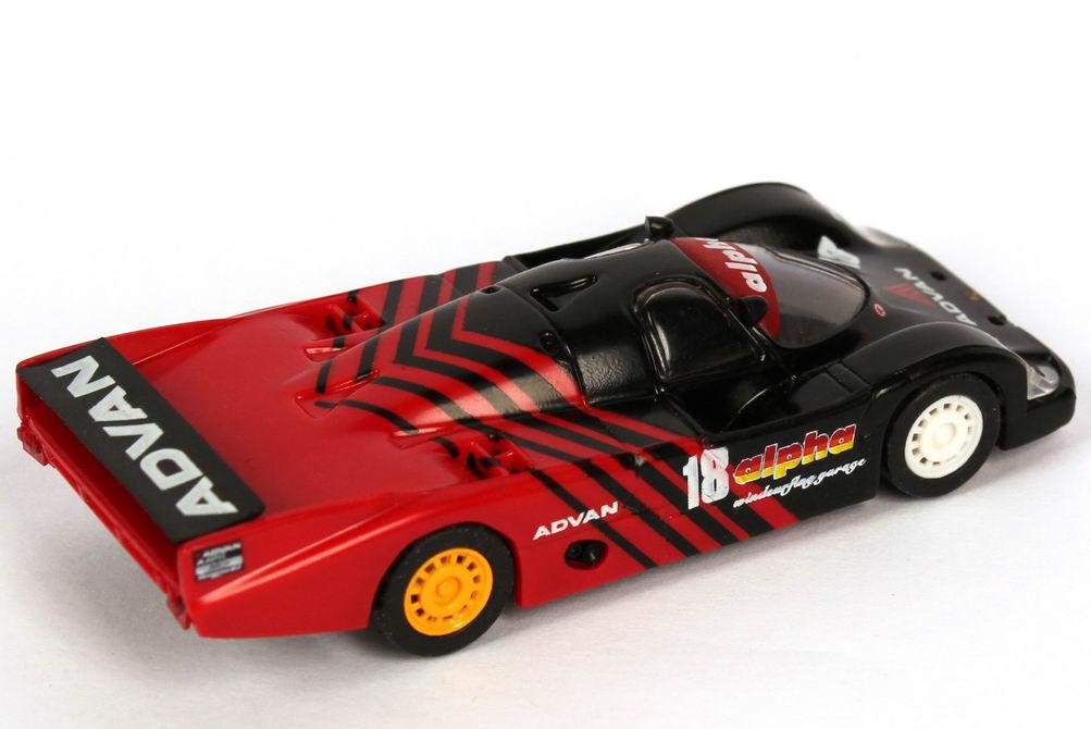 Foto 1:87 Porsche 956 L All Japan Sports Prototype Championship 1984 alpha Advan, Nova Engineering Nr. 18, Takahashi / Kunimitsu Trumpeter 16107
