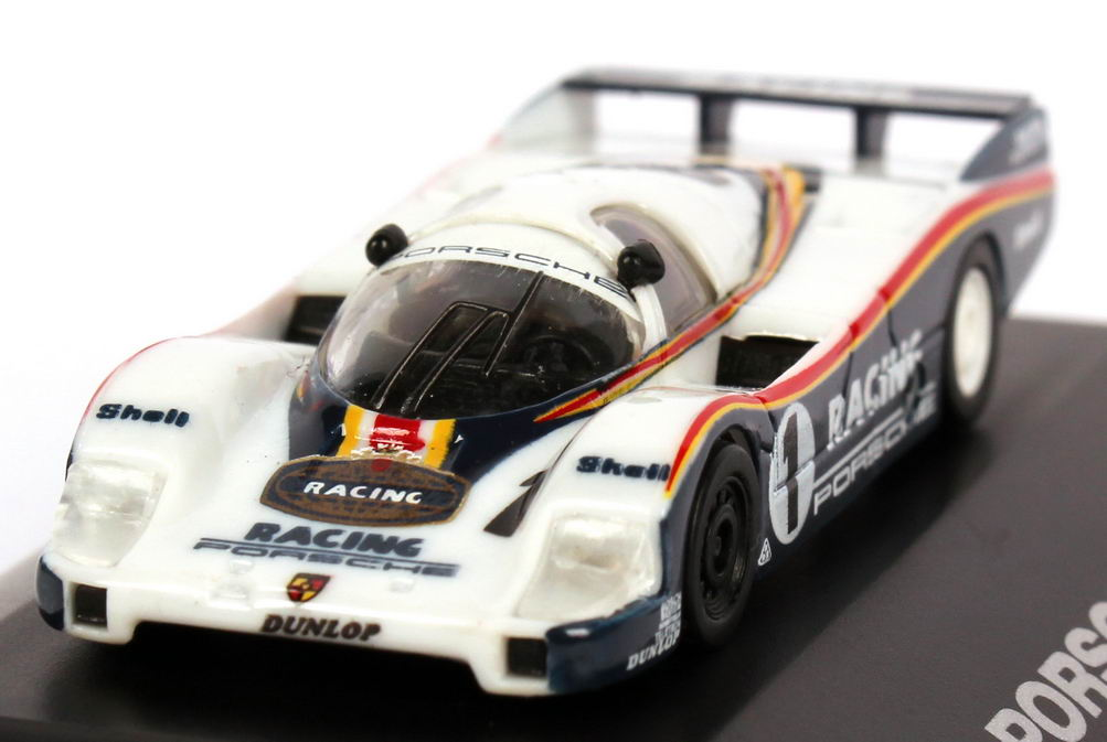Foto 1:87 Porsche 956 L Racing Nr.1, Jacky Ickx / Jochen Mass (1000 km Nürburgring 1983, Sieger) Trumpeter 16106