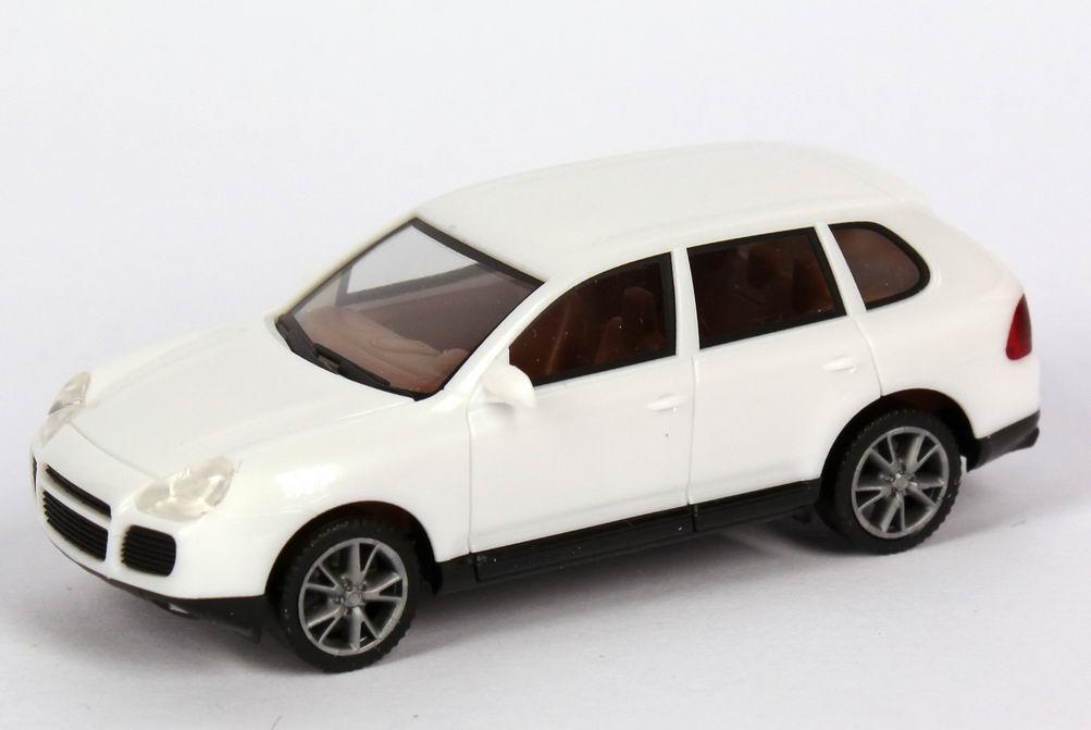 Foto 1:87 Porsche Cayenne Turbo weiß herpa 023153
