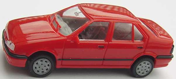 Foto 1:87 Renault 19 Charmade rot AMW/AWM 0260