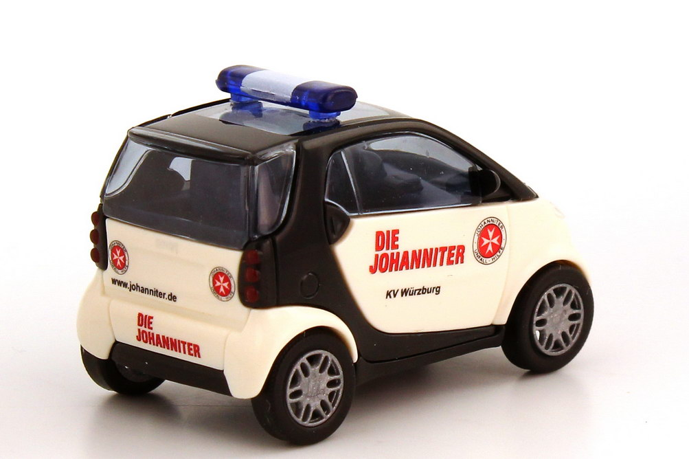 Foto 1:87 Smart City-Coupé Die Johanniter, KV Würzburg Busch 48916