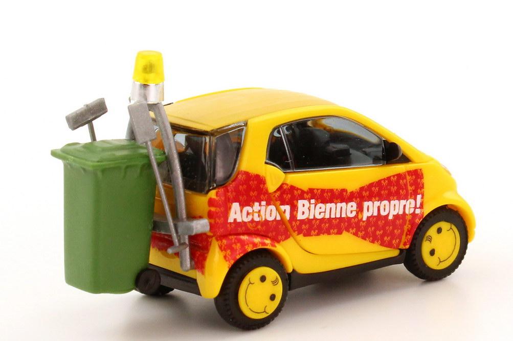 Foto 1:87 Smart City Coupé Facelift Stadt Biel, Aktion sauberes Biel Busch 48935