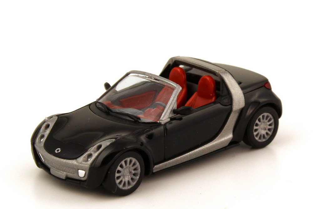 Foto 1:87 Smart Roadster (R452) schwarz Busch 49300