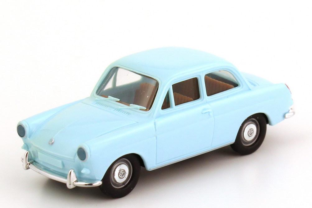Foto 1:87 VW 1500 Limousine hell-blau Brekina 26002