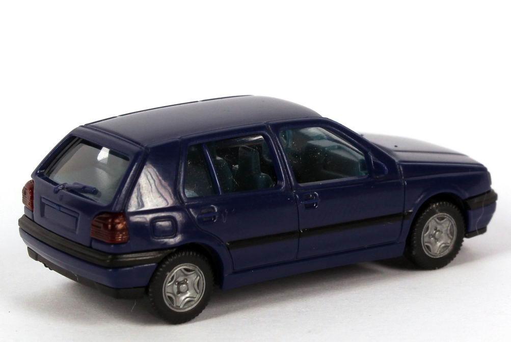vw golf iii gl 4t rig dunkelblau ia blau wiking 05102 in der modellauto galerie. Black Bedroom Furniture Sets. Home Design Ideas