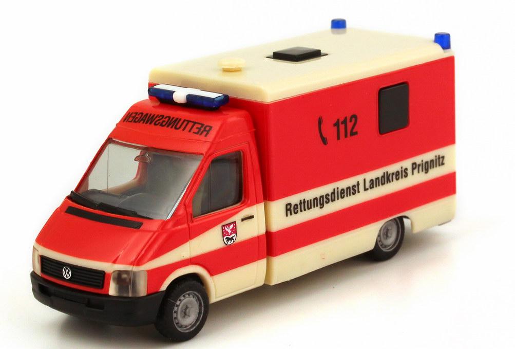 Foto 1:87 VW LT (LT2) Strobel RTW Rettungsdienst Landkreis Prignitz herpa 045292