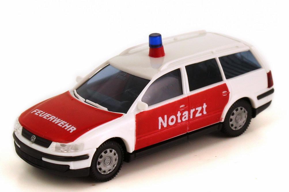 Foto 1:87 VW Passat B5 Variant NEF Feuerwehr Notarzt weiß rot runde Warnleuchte - AMW/AWM 72084