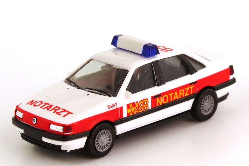 Foto 1:87 VW Passat GL (Typ B3) NEF ASB-Notarzt 85 82 herpa 042093