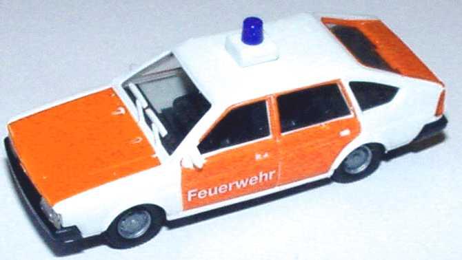 Foto 1:87 VW Passat II Fließheck Feuerwehr weiß/leuchtrot euromodell