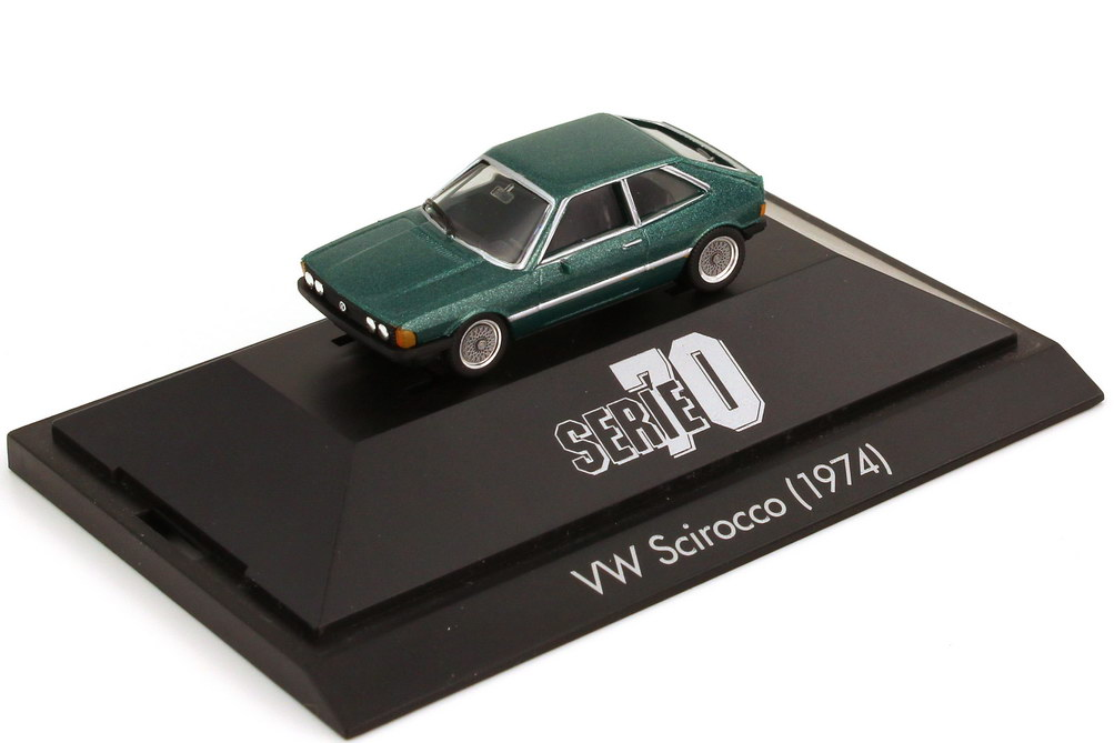 Foto 1:87 VW Scirocco I opalgrün-met. - Serie 70 - herpa 100687