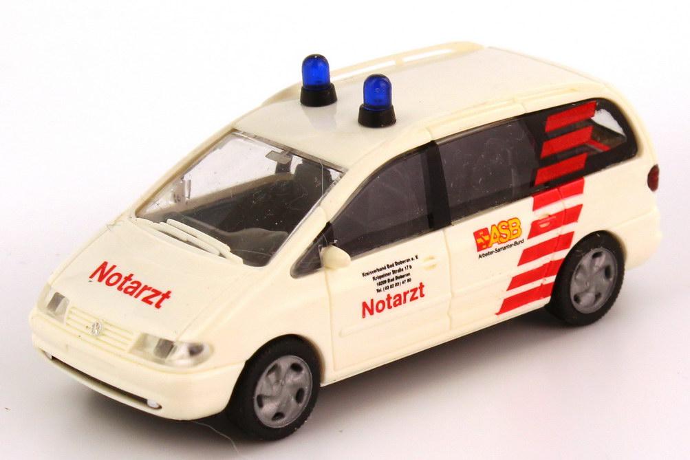 Foto 1:87 VW Sharan ASB Notarzt Bad Doberan Rietze 50761