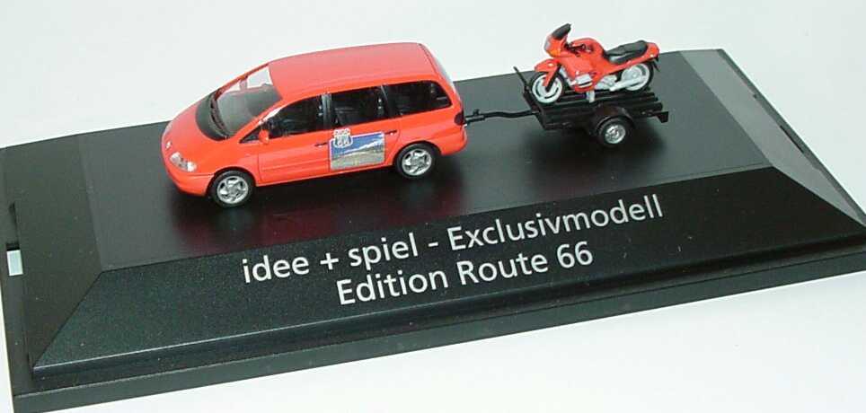 Foto 1:87 VW Sharan mit Anhänger und BMW R 1100 RS Route 66 herpa 178716